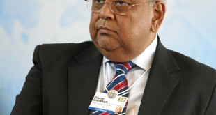Pravin_Gordhan_-Wikimedia commons