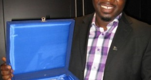 Ghanaian journalist Kofi Adu Domfeh, first place winner of the APO Energy Media Award