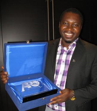 Ghanaian journalist Kofi Adu Domfeh, first place winner of the APO Energy Media Award