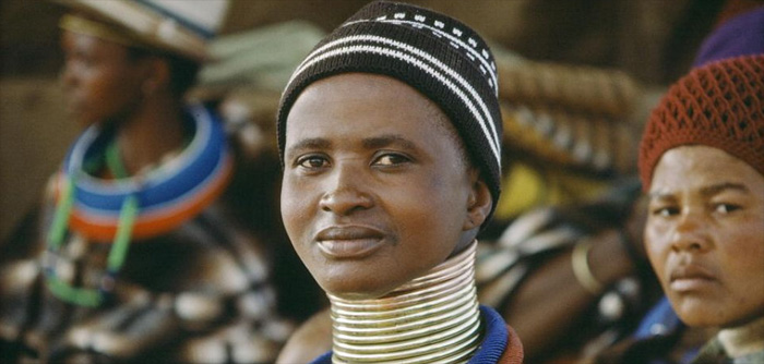Ndebele women in the Mpumalanga Cultural Heartland © Image courtesy United Nations Photo