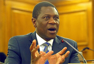 Gauteng commits to build 50 000 houses