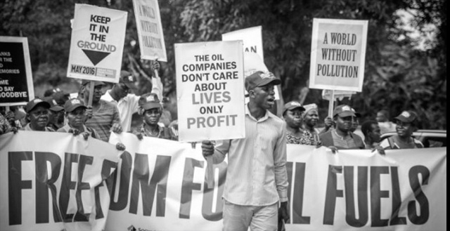 Now more than ever,  civil society must call on African leaders to freeze new fossil fuel projects aimed at long-term development and energy supply throughout the region. (Photo: Babawale Obayanju)