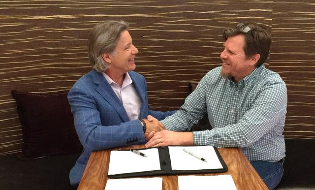 Signing of the agreement between 247Solar and Stellenergy in South Africa